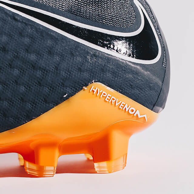 Waar zit het prijsverschil in binnen de Nike voetbalschoenen