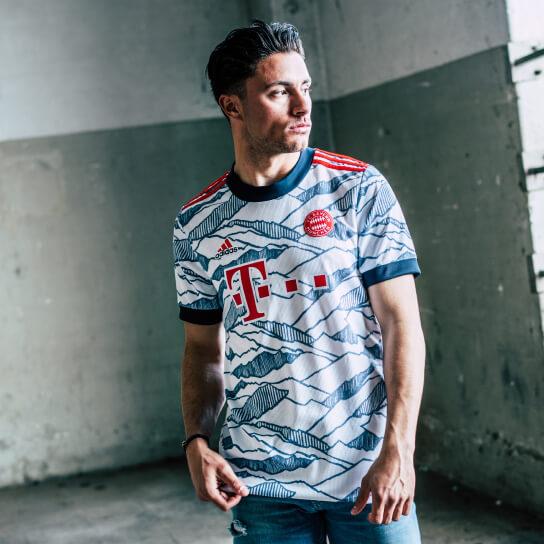 De trots van München keert terug in het Bayern München derde shirt