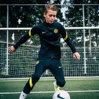 Nike Chelsea Strike Trainingspak 2021-2022 Kids Zwart Geel