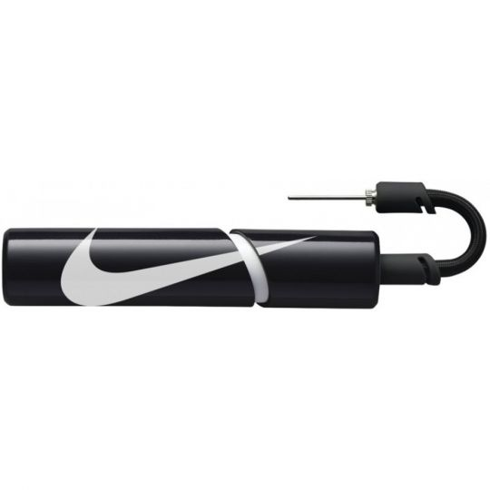 Nike Essential Ballenpomp
